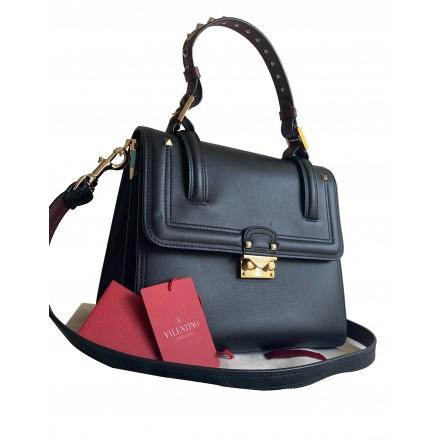 Valentino Rockstud Handtasche aus Leder schwarz. Sehr guter Zustand.