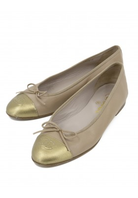 CHANEL Ballerinas gold