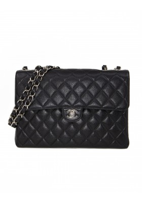 CHANEL Jumbo Caviar Classic Flap Bag
