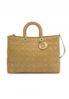 Large Lady Dior Cannage Bag Lackleder beige