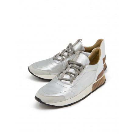 HERMÈS Sneakers Damen silber Gr. 40. Sehr guter Zustand.