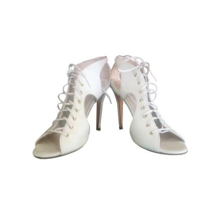 BLUMARINE Sandalette Leder weiss Gr. 38. NEU