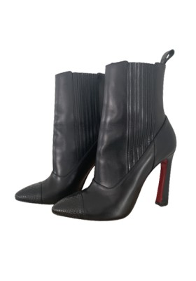 CHRISTIAN LOUBOUTIN Me in the 90s Stiefelette schwarz Gr. 39.5. Sehr guter Zustand