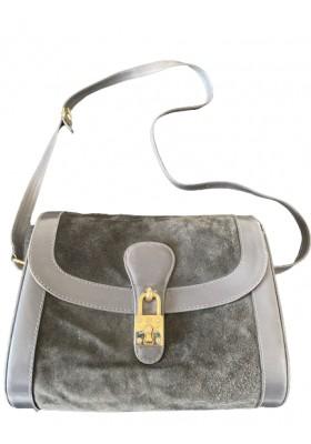 GUCCI Vintage Crossbody Bag. Wildleder schwarz. Sehr guter Zustand.