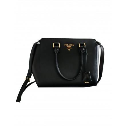 PRADA Handtasche Saffiano Leder schwarz. Sehr guter Zustand